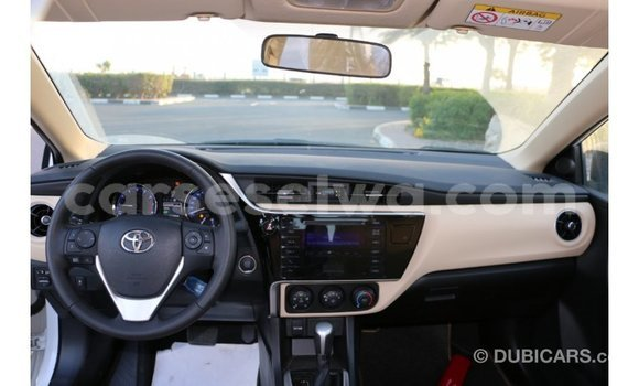 Buy Import Toyota Corolla White Car in Import - Dubai in East Mahé
