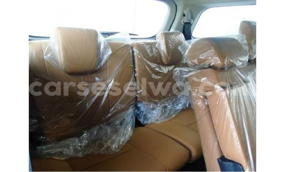 Buy Import Toyota Fortuner White Car in Import - Dubai in East Mahé