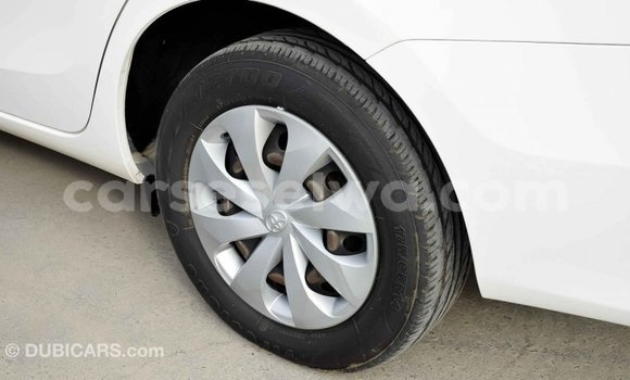 Buy Import Toyota Yaris White Car in Import - Dubai in East Mahé
