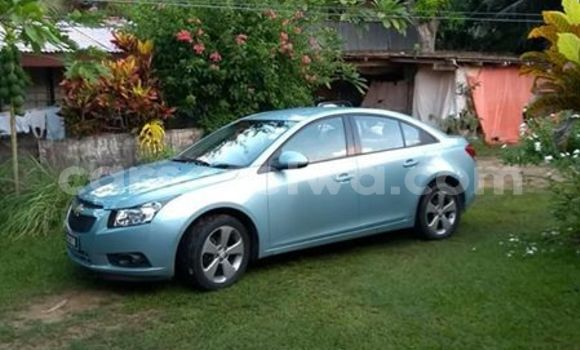 Buy Used Chevrolet Cruze Blue Car in Beau Vallon in North Mahé