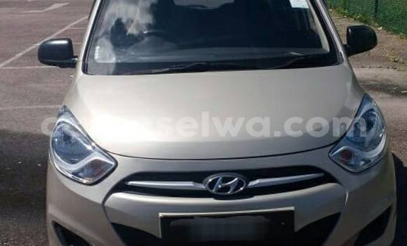 Buy Used Hyundai i10 Other Car in Anse Volbert in Inner Islands