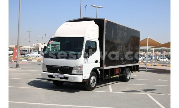 Buy Import Mitsubishi Carisma Black Car in Import - Dubai in East Mahé