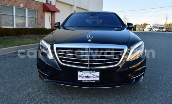 Buy Used Mercedes‒Benz S–Class Black Car in Anse Royale in South Mahé