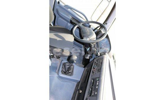 Acheter Importé Utilitaire Hino 300 Series Blanc à Import - Dubai, East Mahé