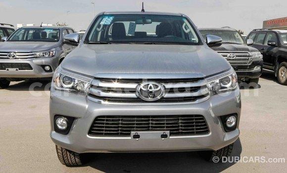 Acheter Importé Voiture Toyota Hilux Autre à Import - Dubai, East Mahé
