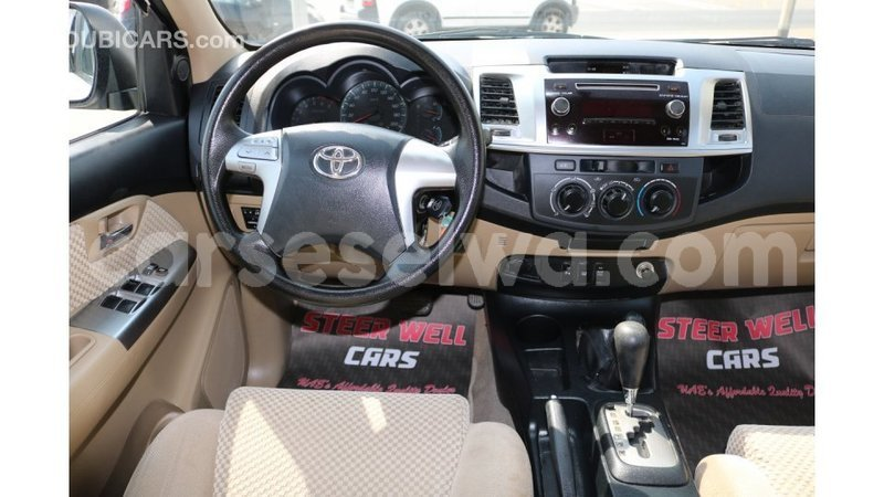 Big with watermark toyota fortuner east mah%c3%a9 import dubai 4804