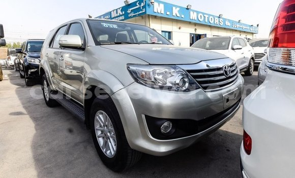 Medium with watermark toyota fortuner east mah%c3%a9 import dubai 5059