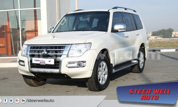 Medium with watermark mitsubishi pajero east mah%c3%a9 import dubai 5445
