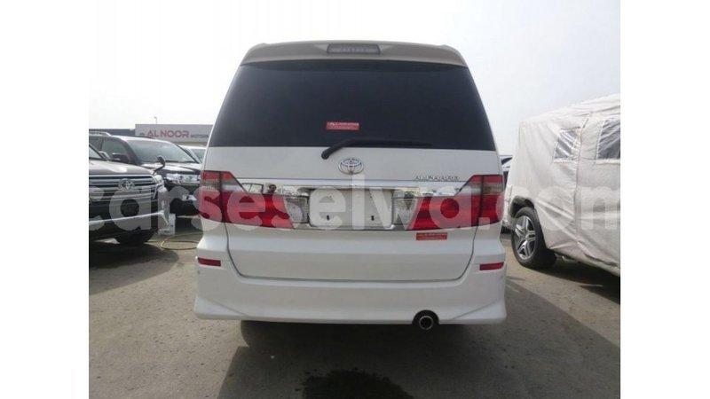 Big with watermark toyota alphard east mahe import dubai 5800