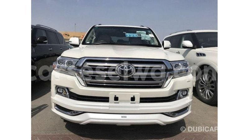 Big with watermark toyota land cruiser east mahe import dubai 6062