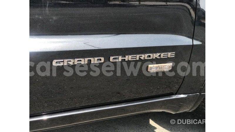 Big with watermark jeep cherokee east mahe import dubai 6900
