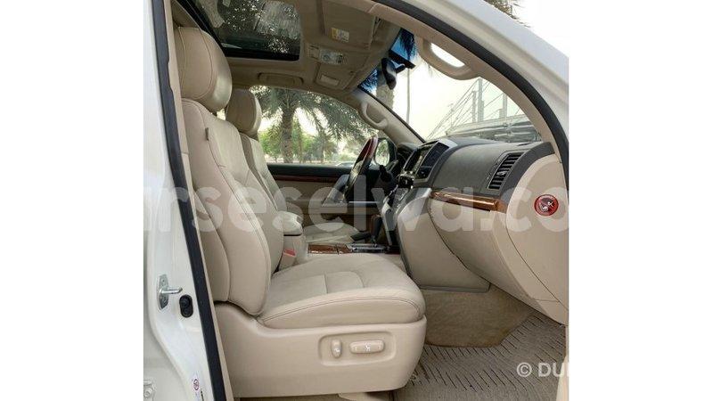 Big with watermark toyota land cruiser east mahe import dubai 7175
