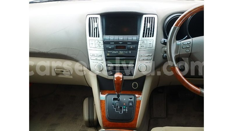 Big with watermark toyota harrier east mahe import dubai 7290