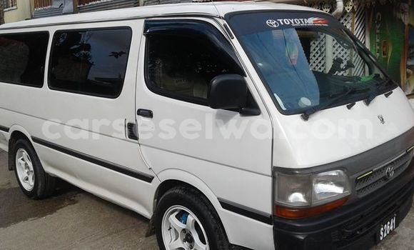Buy New Toyota Hiace White Car in Les Mamelles in Greater Victoria