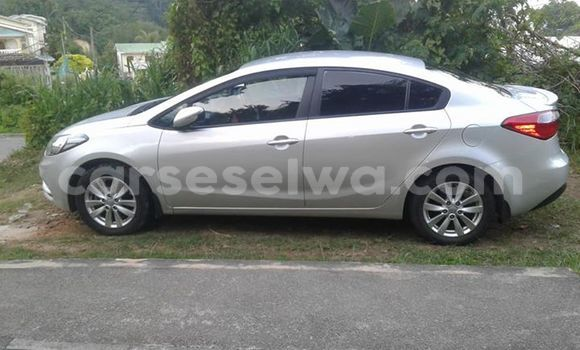Buy Used Kia Cerato Silver Car in Anse Aux Pins in East Mahé