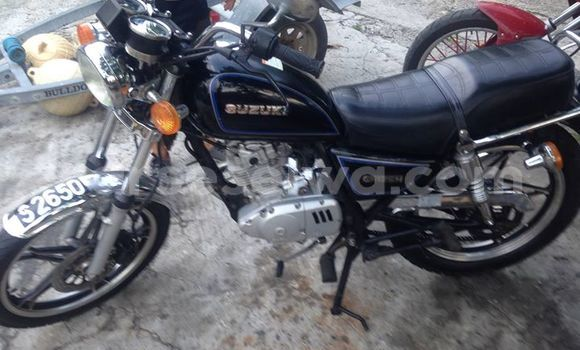 Buy Used Suzuki 125cc Black Bike in English River in Greater Victoria