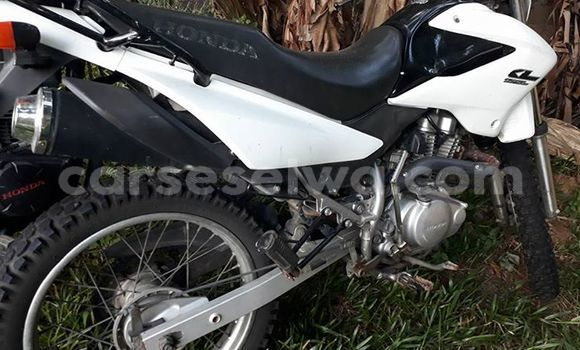 Buy New Honda 125 White Moto in English River in Greater Victoria