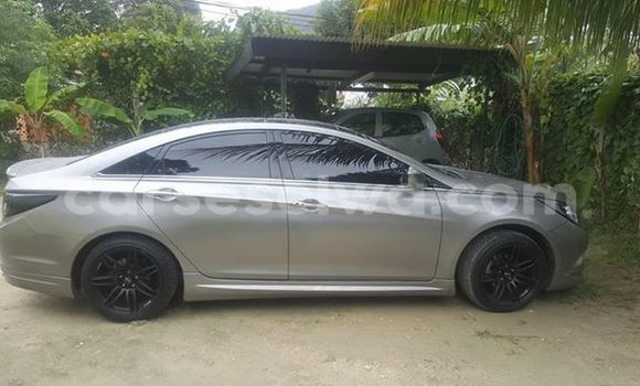 Buy Used Hyundai Sonata Silver Car in Beau Vallon in North Mahé