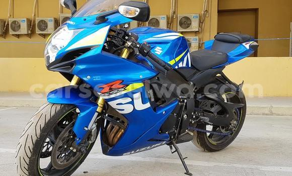 Buy Used Suzuki GSX-R Blue Moto in Saint Louis in Greater Victoria