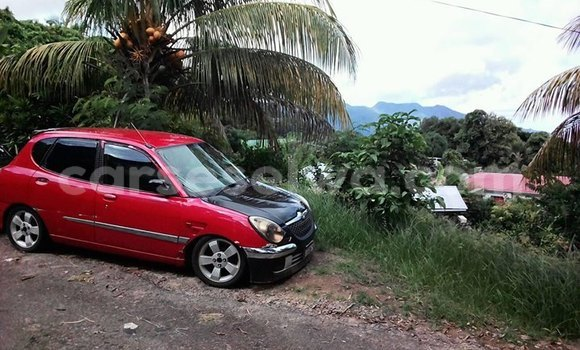 Buy Used Daihatsu Sirion Red Car in Port Glaud in West Mahé
