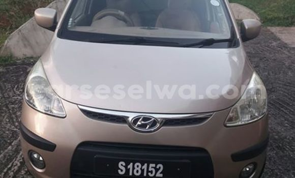 Buy Used Hyundai ix35 Silver Car in Beau Vallon in North Mahé
