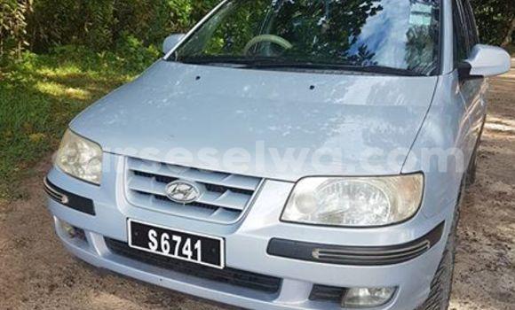Buy Used Hyundai Matrix Blue Car in Beau Vallon in North Mahé