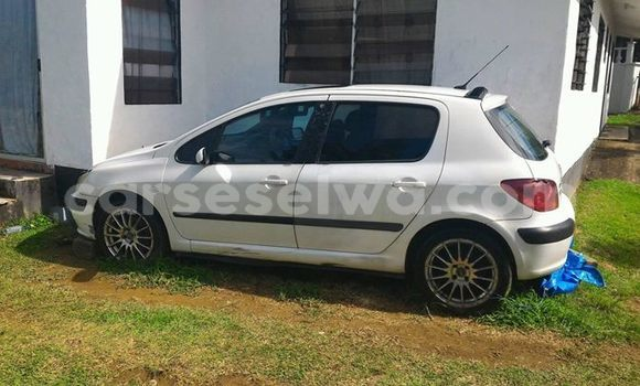 Buy Used Peugeot 307 White Car in Beau Vallon in North Mahé