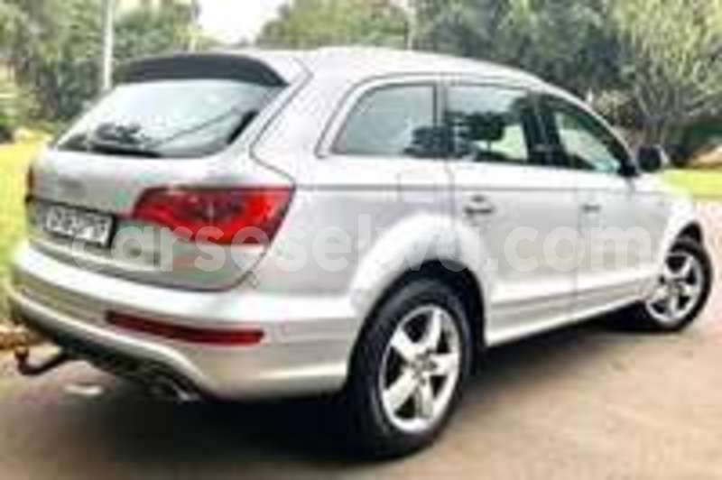 Big with watermark audi q7 greater victoria mont fleuri 7359