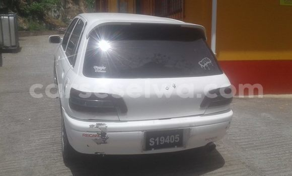Buy Used Toyota Starlet White Car in Beau Vallon in North Mahé