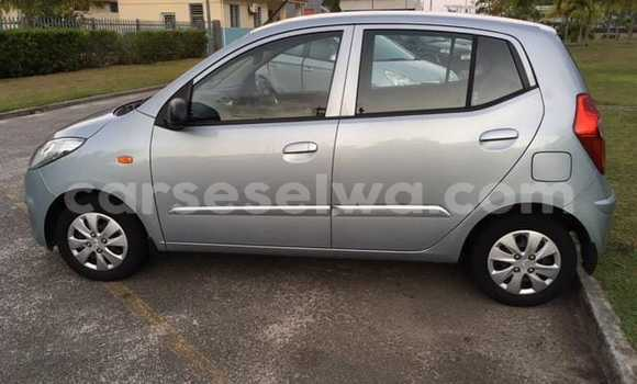 Buy Used Hyundai i20 Silver Car in Beau Vallon in North Mahé