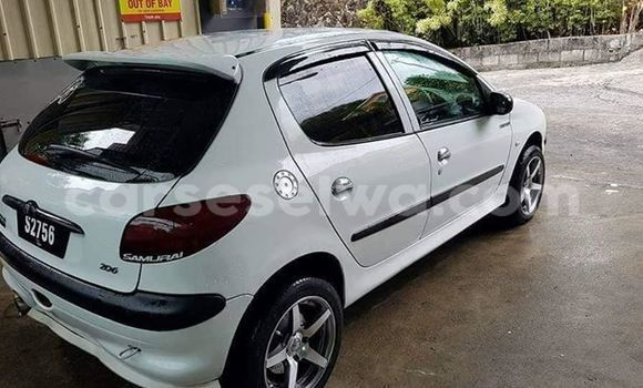 Buy Used Peugeot 206 White Car in Beau Vallon in North Mahé