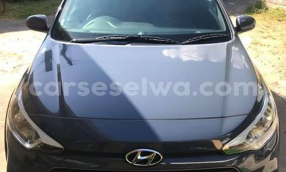 Buy Used Hyundai i20 Blue Car in Beau Vallon in North Mahé