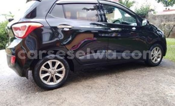 Buy Used Hyundai Grand i10 Black Car in Anse Boileau in West Mahé
